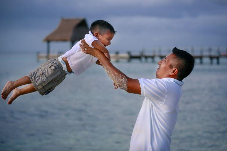 男の子の子育てにおいての父親の役割とは